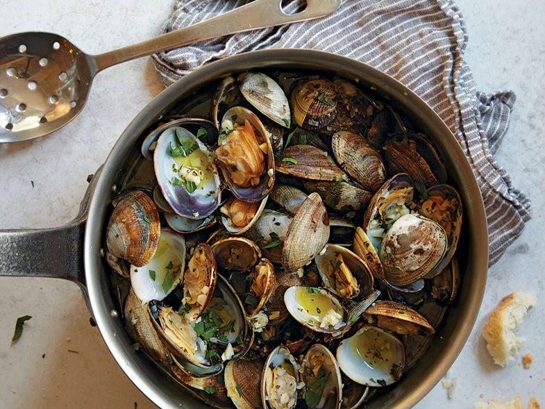 Garlic-Steamed Manila Clams