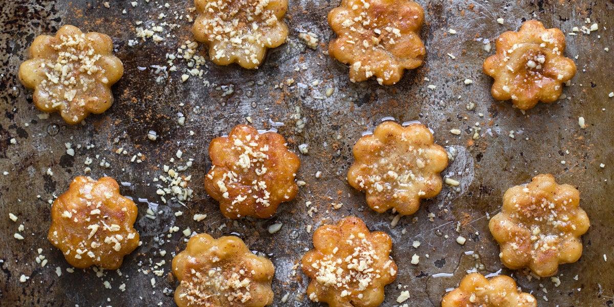 Ginger Cookies Dipped in Honey (Yak Kwa)