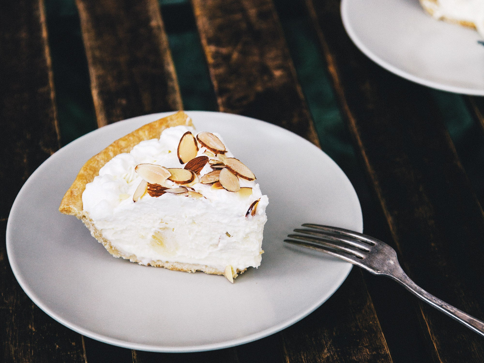 Classic French Banana Cream Pie