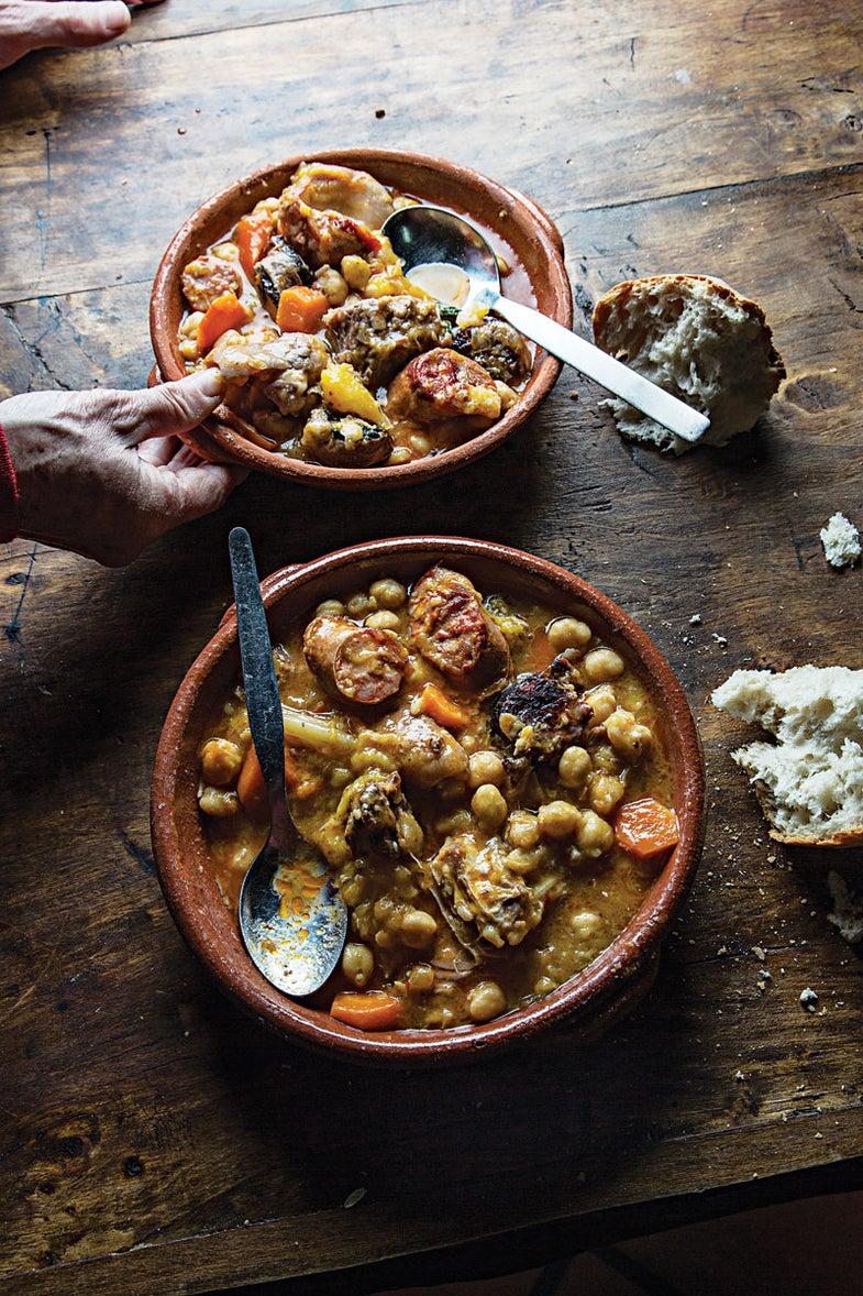 Chickpea Stew with Lamb, Pork, and Veal (Cozido de Grão)
