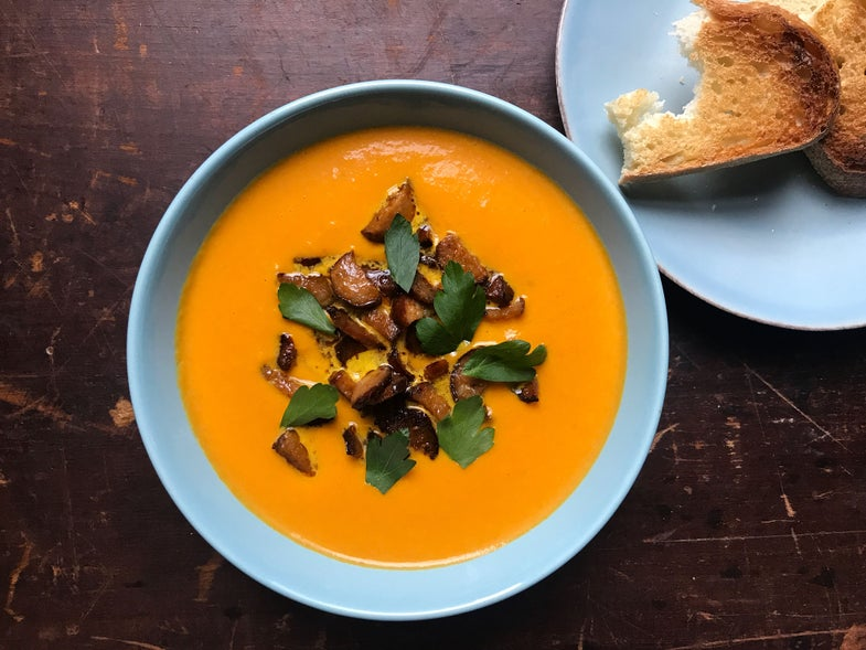 Carrot Soup with Ginger and Leeks