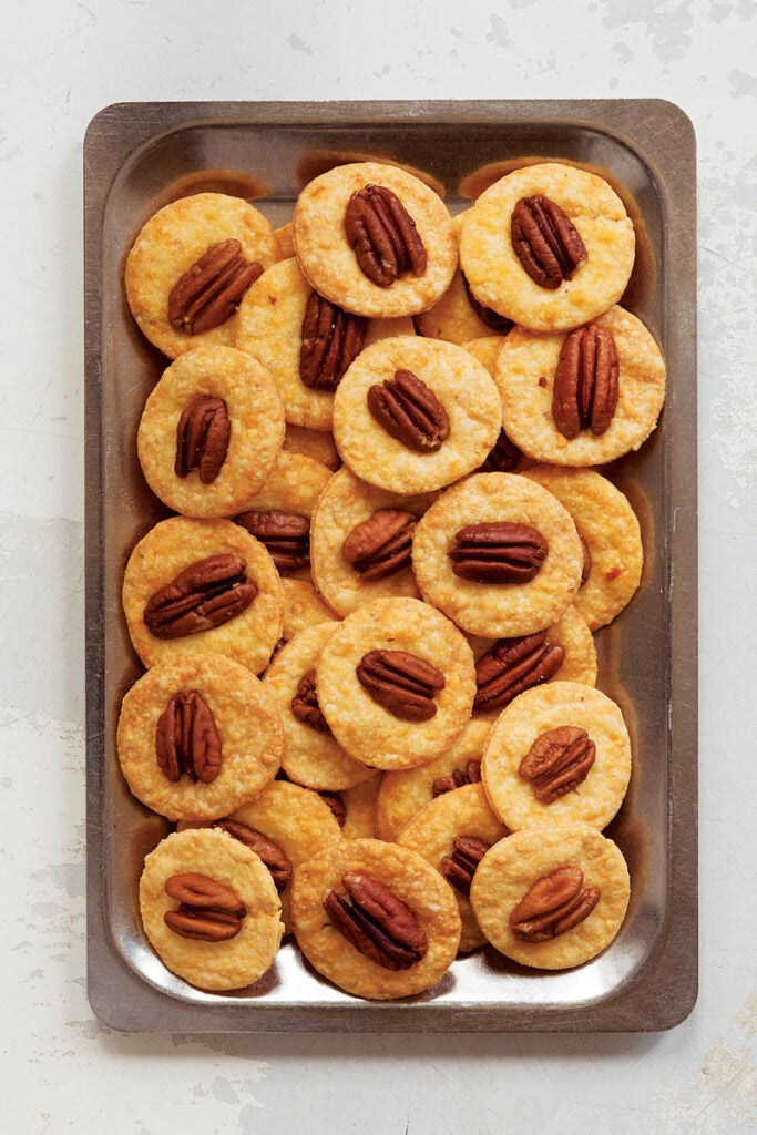 Pecan Cheese Wafers