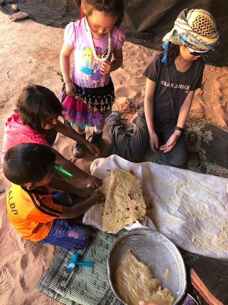 families making shrak