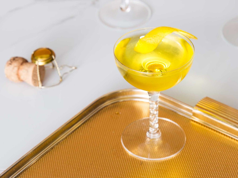 Golden Chrysanthemum Champagne Cocktail