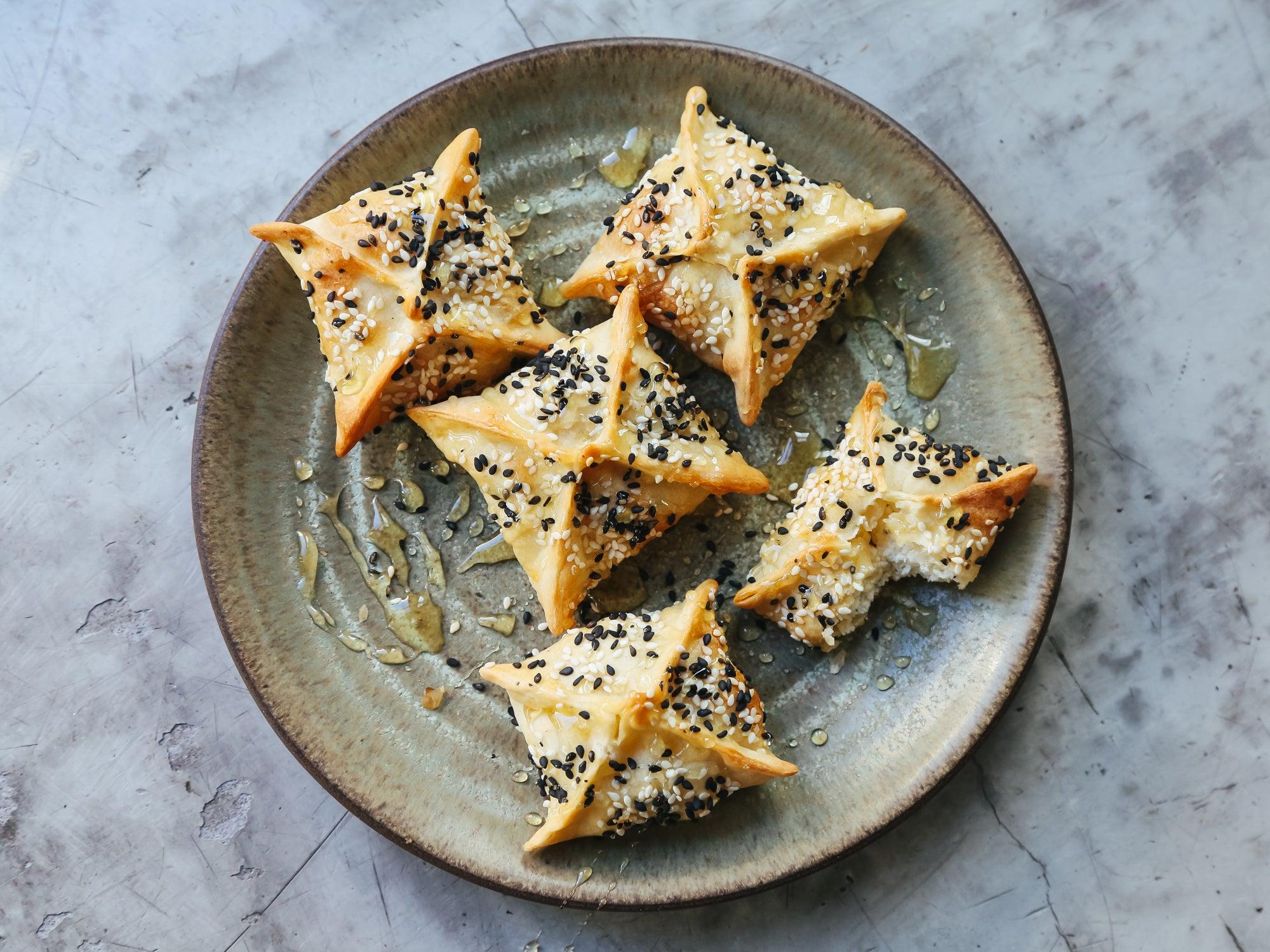 Cretan Cheese Pies with Thyme and Honey (Kalitsounia)