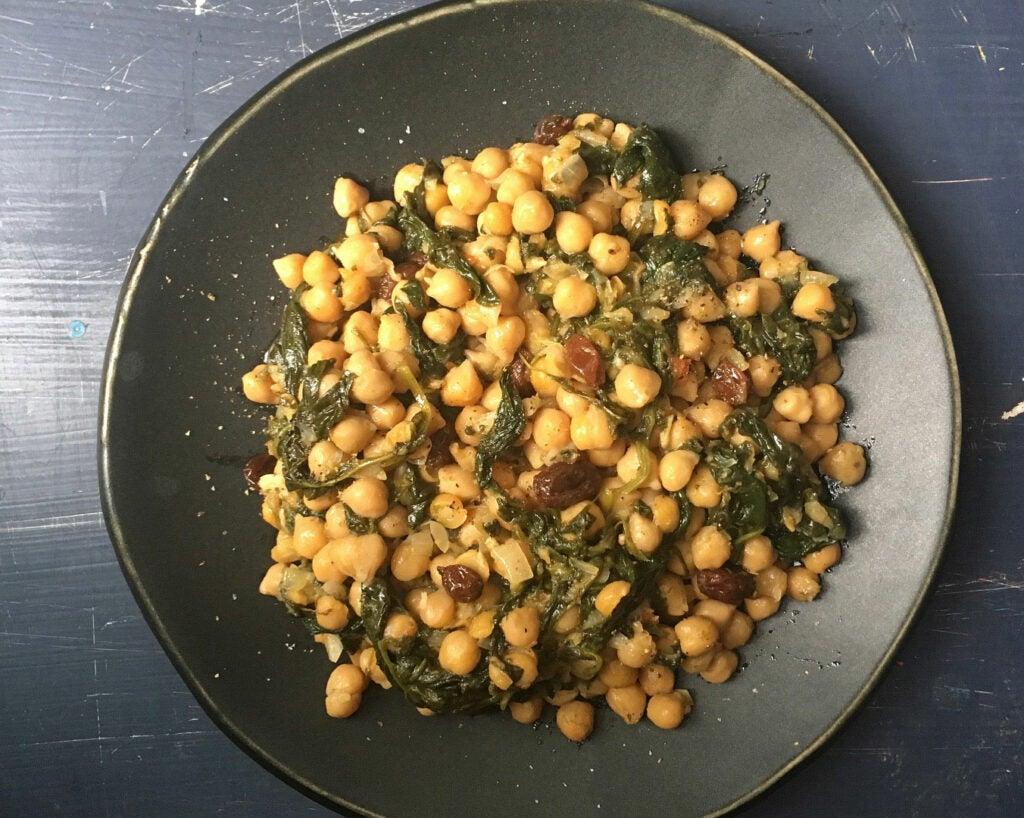 httpswww.saveur.comsitessaveur.comfilesmanaroli-spinach-stew-kw_1352x1080.jpg