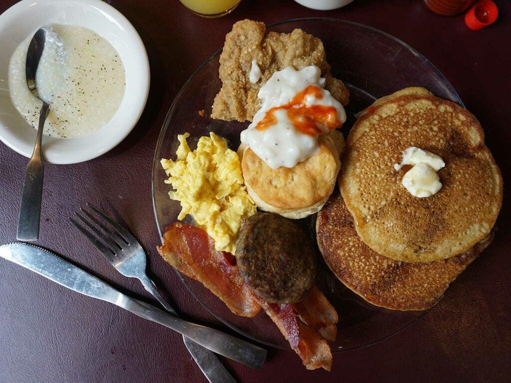 httpswww.saveur.comsitessaveur.comfilesimages201811sweet-potato-pancakes-1500×1125.jpg