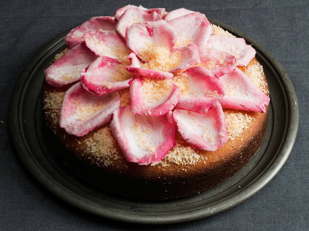 httpswww.saveur.comsitessaveur.comfilesimages201511semolina-coconut-cake-orange-rose-waters_2000x1500_mtg.jpg