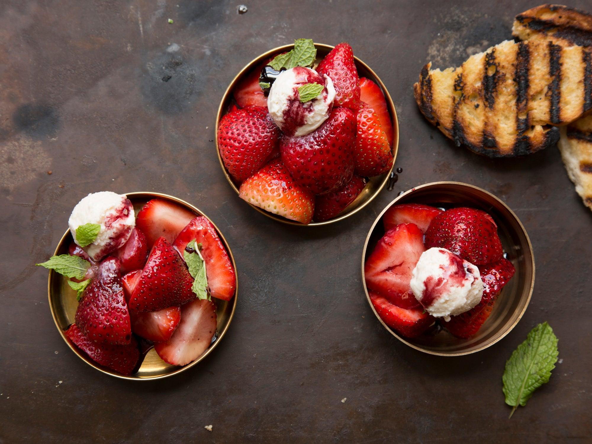 Strawberries With Wine