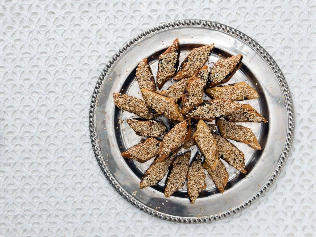 Date-Filled Semolina Cookies