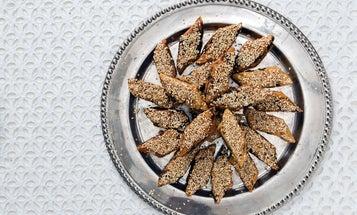Date-Filled Semolina Cookies (Makroud)