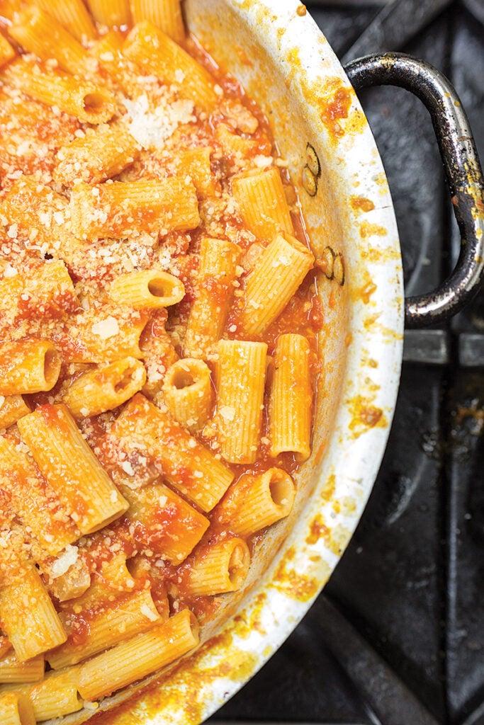 Rigatoni with Pancetta Tomato Sauce (Rigatoni all'Amatriciana)
