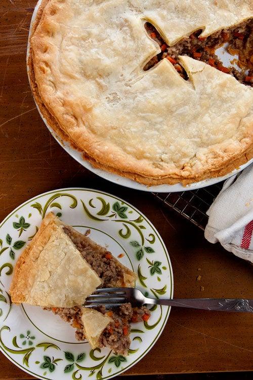 Tourtière (Québécois Meat Pie)