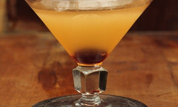 Friday Cocktails: The Ginger Gold Rush