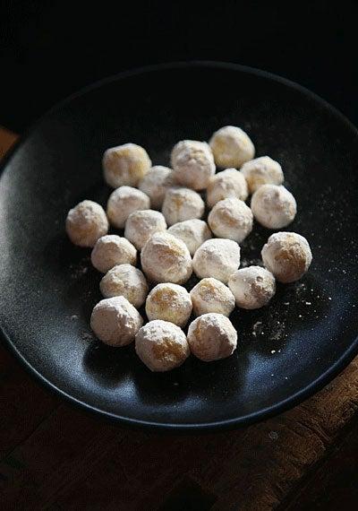 White Chocolate-Mint Truffles