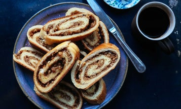 Go Make Pittsburgh's Nuttier Alternative to Fruitcake