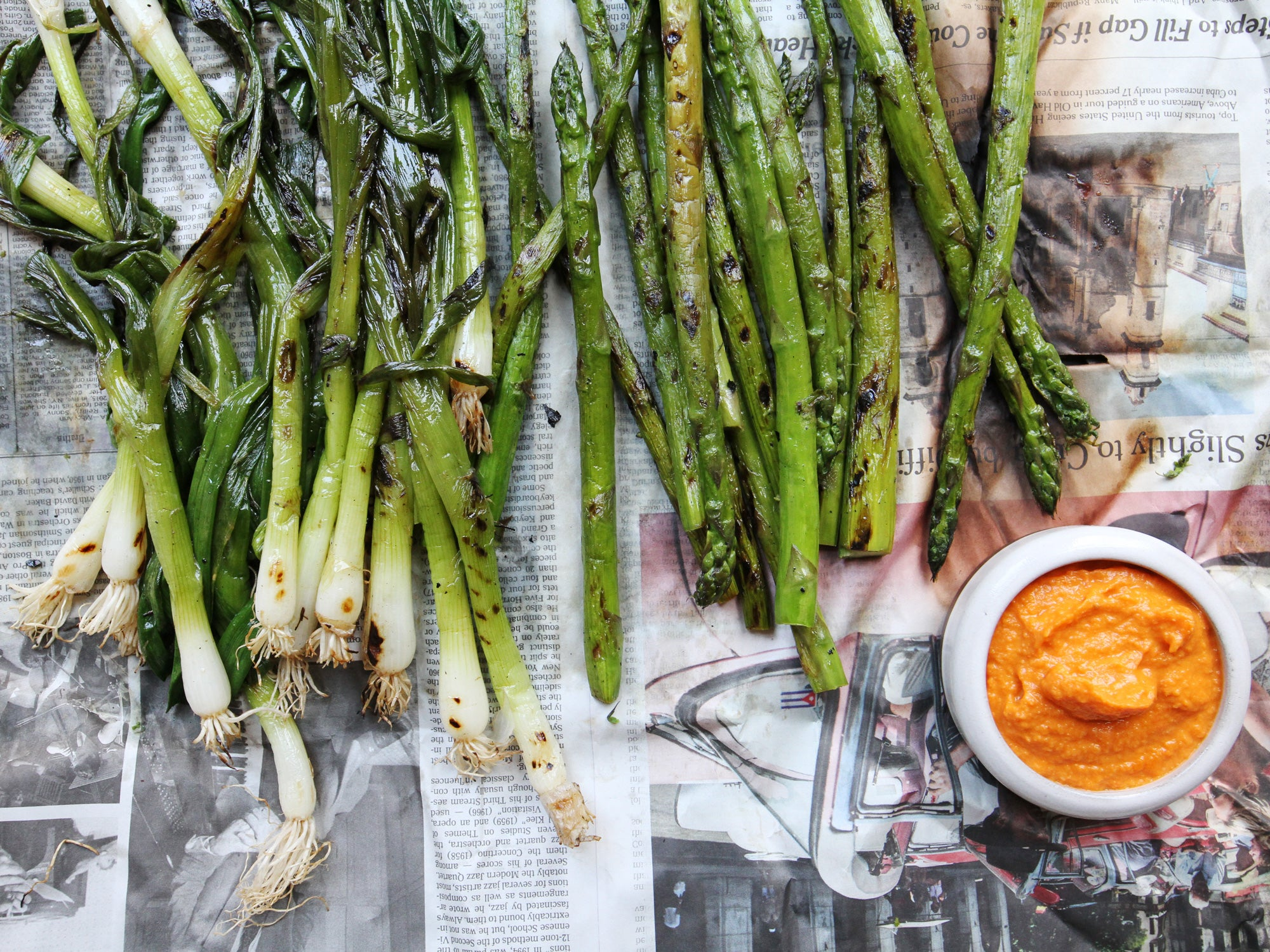 Grilled Calçots and Asparagus with Romesco Sauce