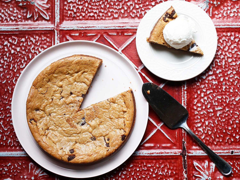 Caramel Chocolate-Chip Cookie Cake