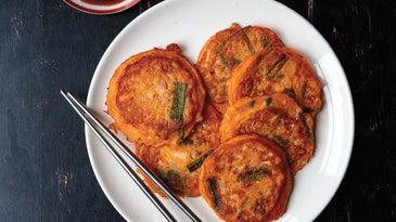 Korean Mung Bean Pancakes with Dipping Sauce (Bindaeduk Cho Kanjang)