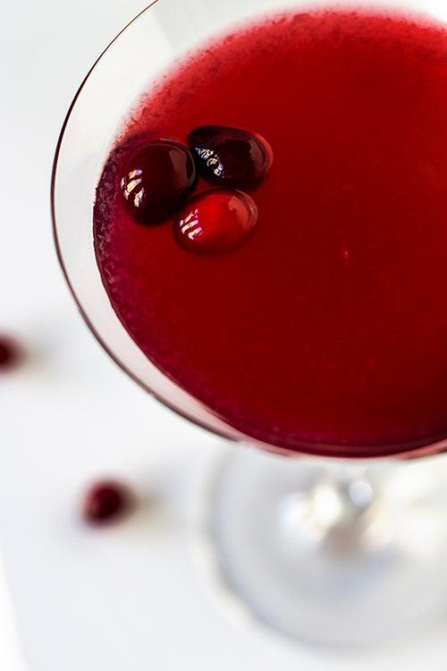 Dainty's Cranberry Gimlet