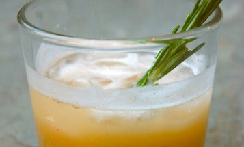 Friday Cocktails: Spiced Pear Collins