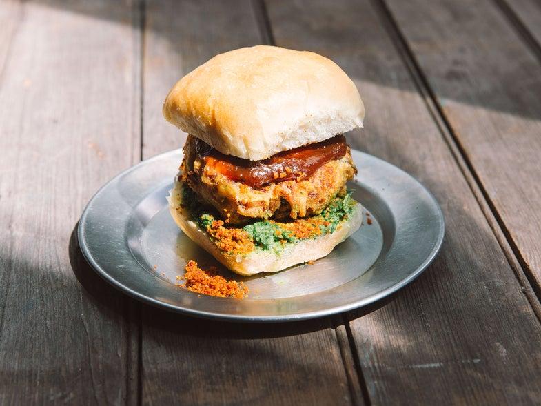 Vada Pav (Indian Veggie Burgers)