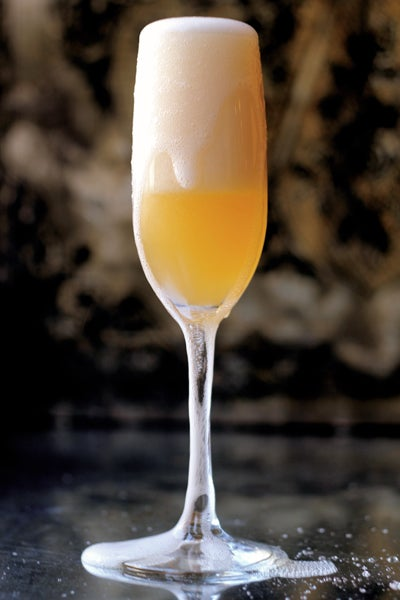 Friday Cocktails: 10 Celebratory Bubbly Cocktails
