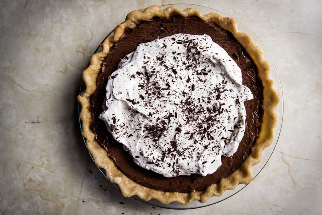 Chocolate Pudding Pie for Father's Day Dessert