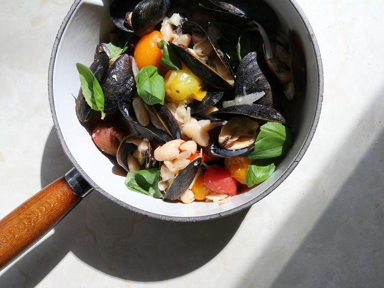 Simple Weeknight Meal, Mussels