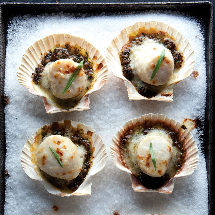 Coquilles St-Jacques (Gratinéed Scallops)