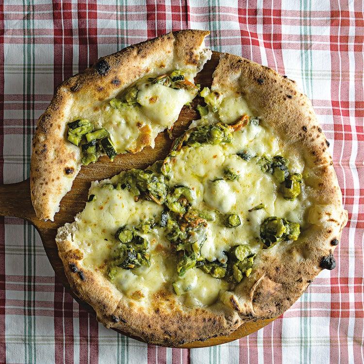 Walnut Pesto and Zucchini Pizza (Pizza Noci e Zucchini)