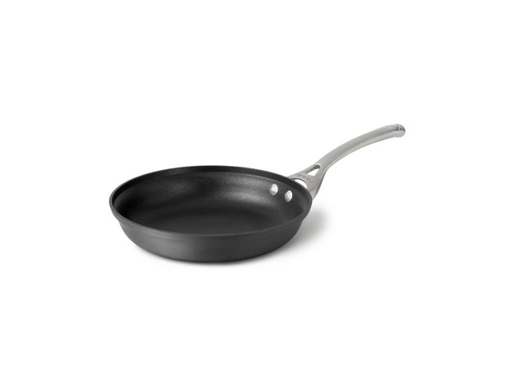 Calphalon nonstick omelette pan