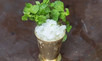 The Right Way to Make a Mint Julep