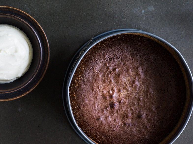 """Swedish """"Gooey"""" Chocolate Cake"""