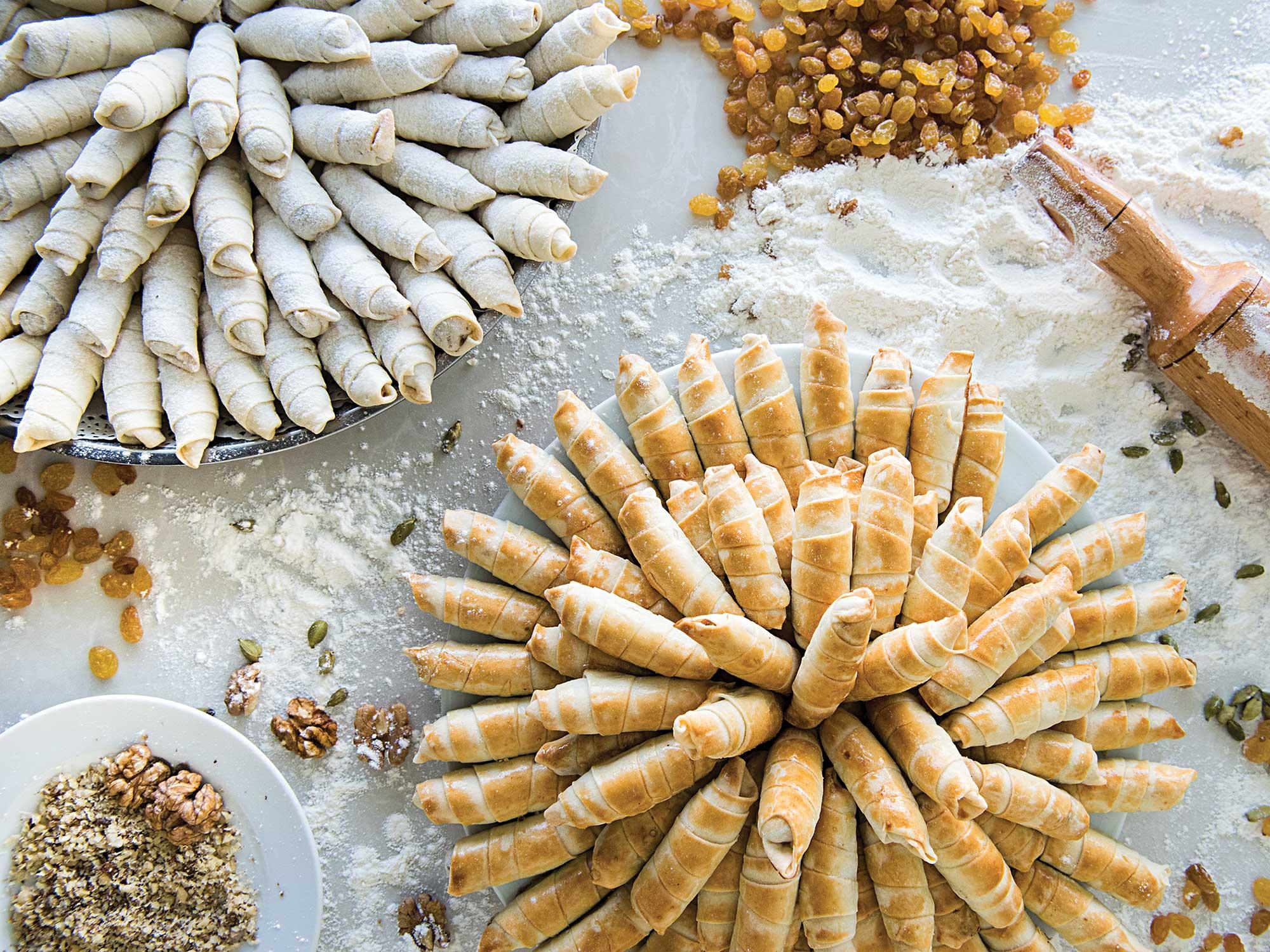 Walnut-Cardamom Cookies (Mutaki)