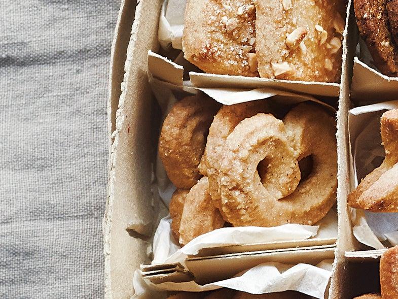 Vanilla Wreath Cookies