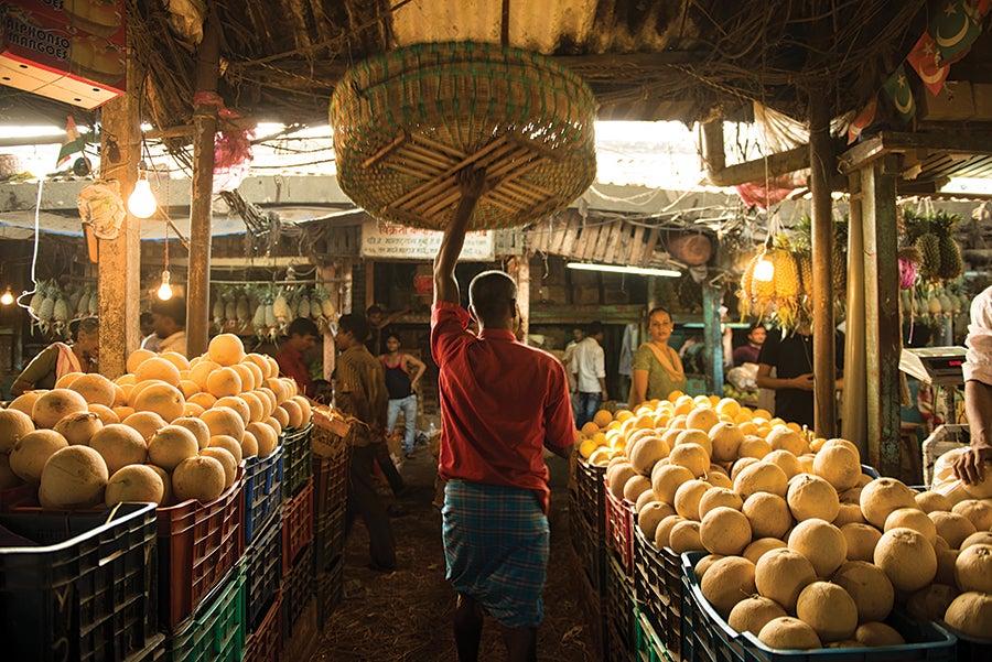 travel guide india, mumbai, things to do in mumbai, markets in mumbai, byculla market