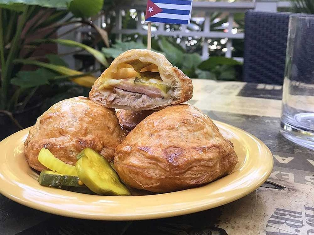 Cuban sandwich pastelitos