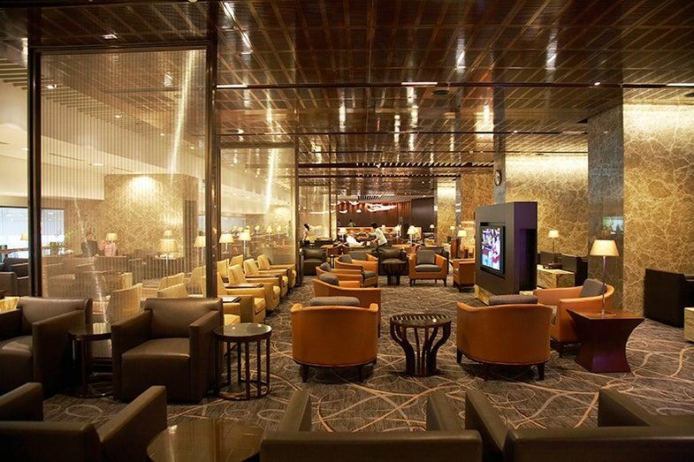 culinary travel awards, best airport lounge, silverkris lounge singapore changi airport