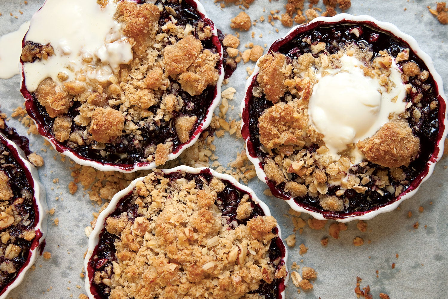 Fruity Cobblers, Crisps, and Crumbles