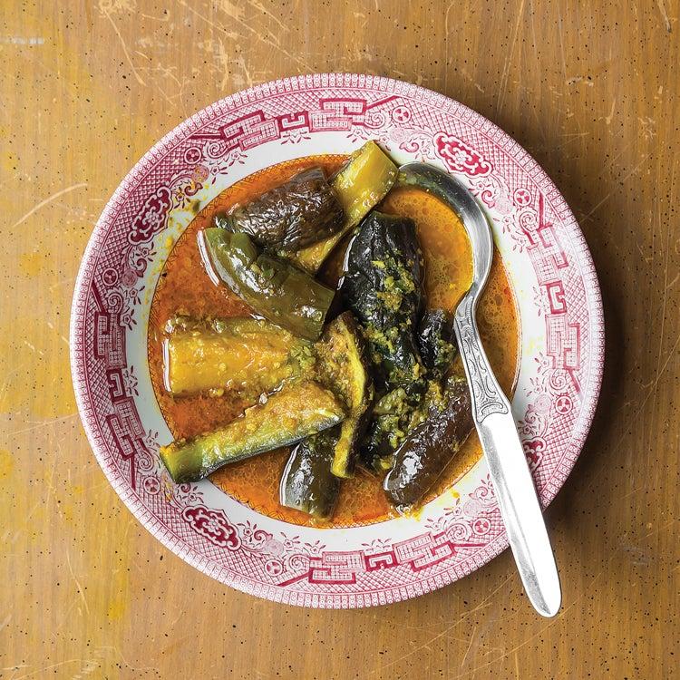 Burmese Eggplant Curry (Khayan Thee Hnut)