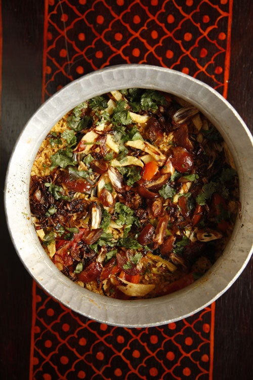 Pohp Batalu Jo Pulao (Spiced Rice with Dates & Fried Potatoes)
