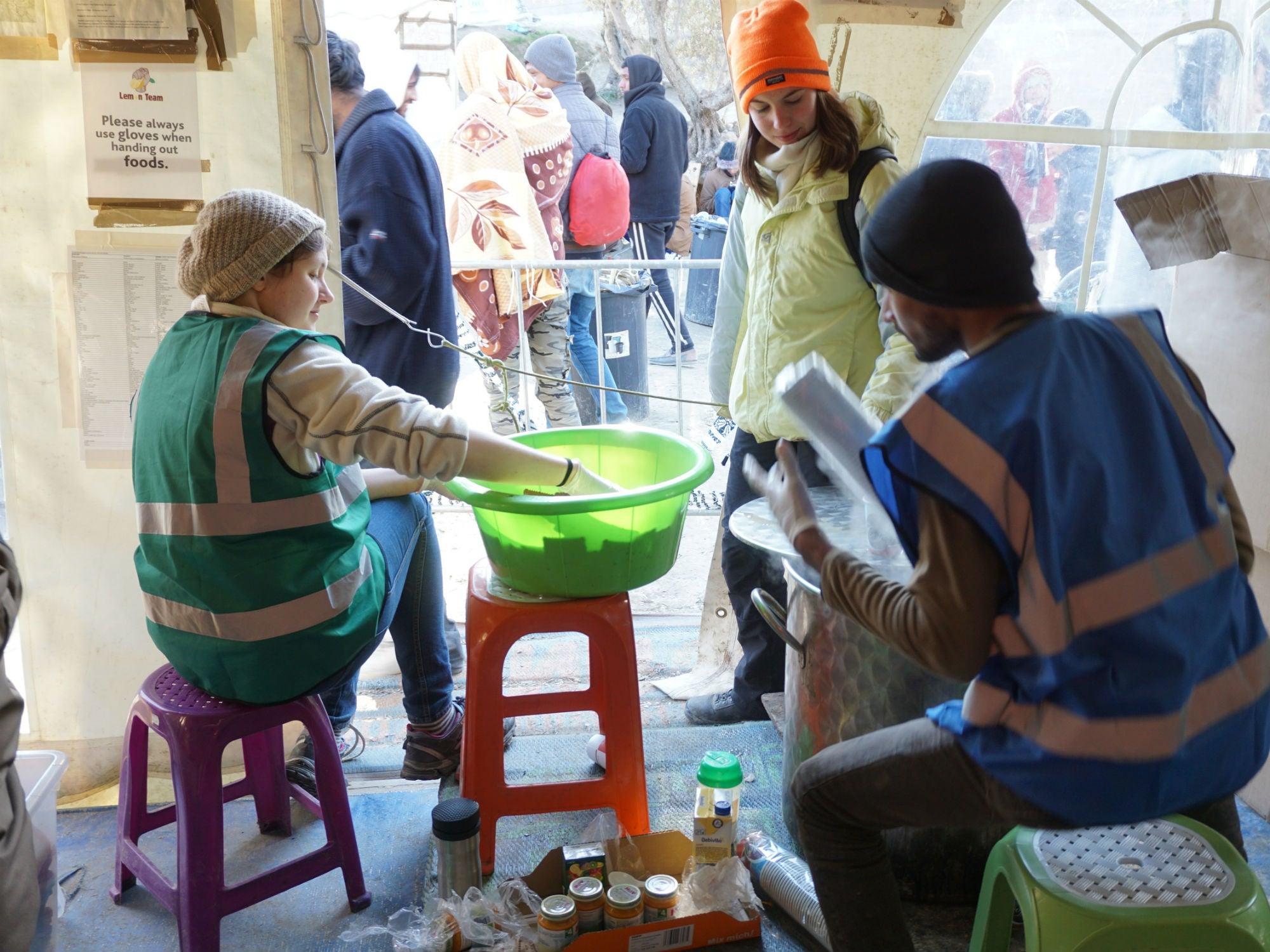 How a Greek Refugee Camp Served a Taste of Home