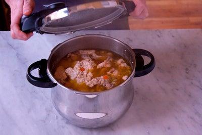 httpswww.saveur.comsitessaveur.comfilesimport2010images2010-117-20101008-pressure-cooker-stock-step7-P.jpg