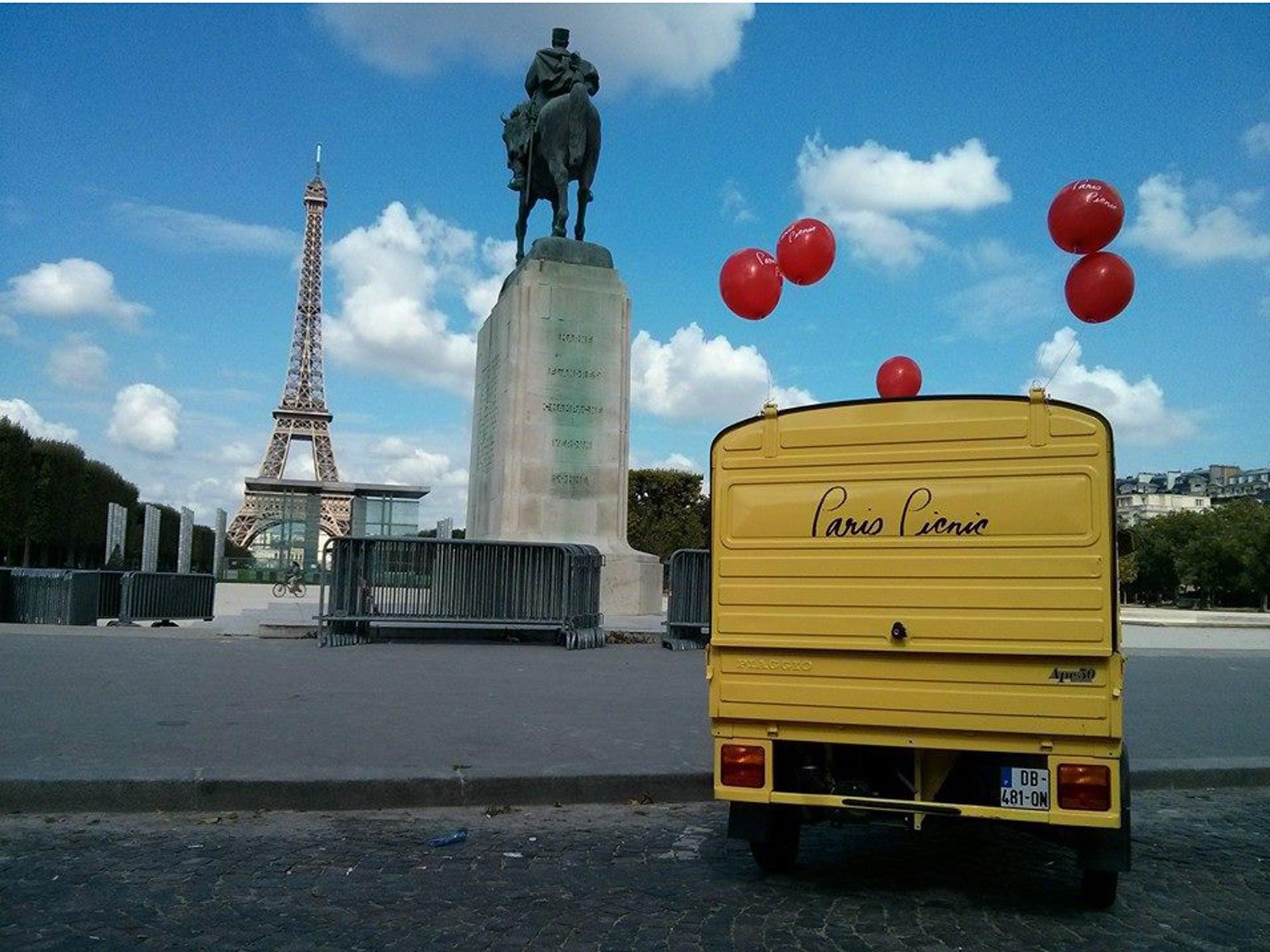 Travel Guide: Paris