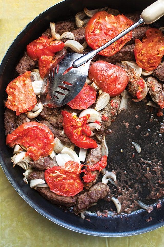 Kefta bil Sayniyeh (Lebanese Spiced Lamb Patties)