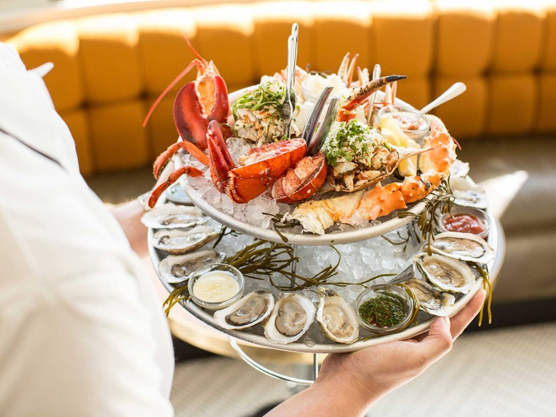 8 Exceptional Places to Wolf Down the New, Delicious Breeds of Southern Oysters