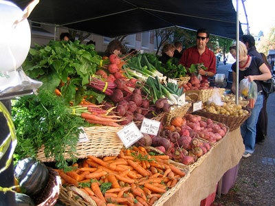 Eating in Oregon: The Portland Farmers Market