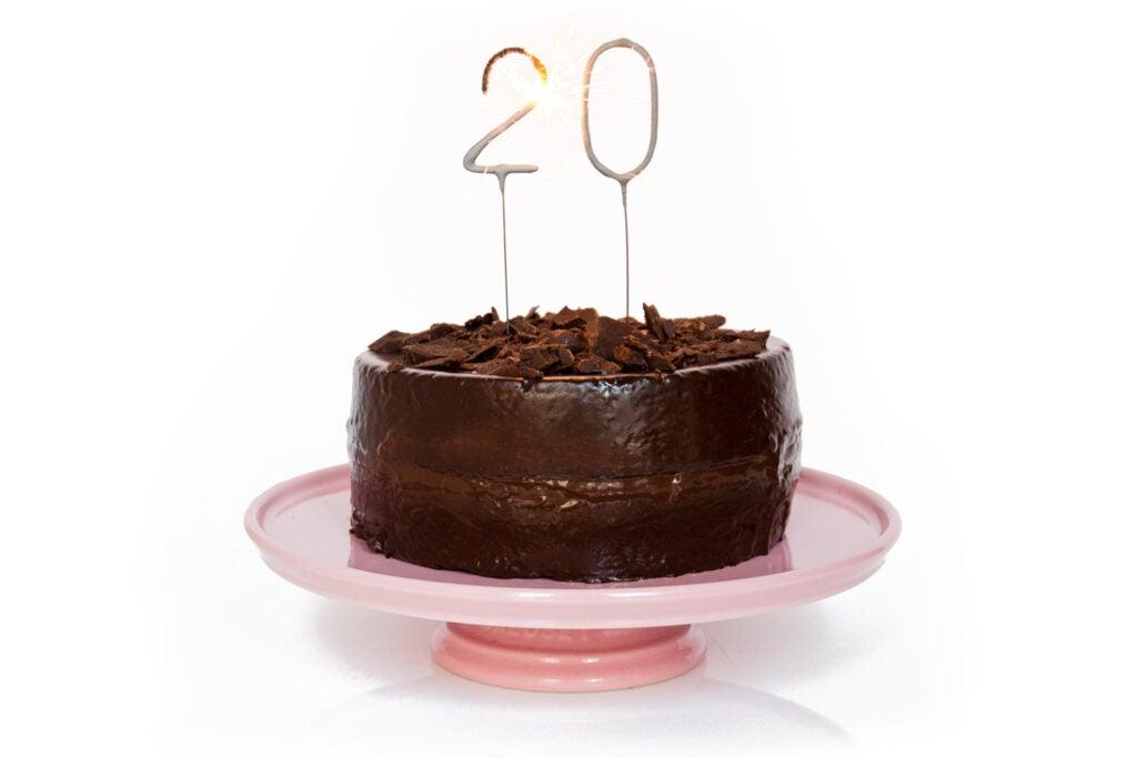 httpswww.saveur.comsitessaveur.comfilesimport20142014-07gallery_birthday-cakes-dorie-greenspan-chocolate_1098x732.jpg