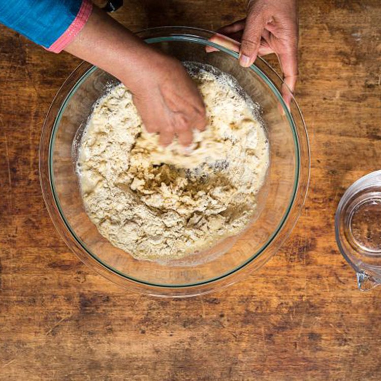 httpswww.saveur.comsitessaveur.comfilesimport20142014-08gallery_india-chapati-how-to-mixing_750x750.jpg